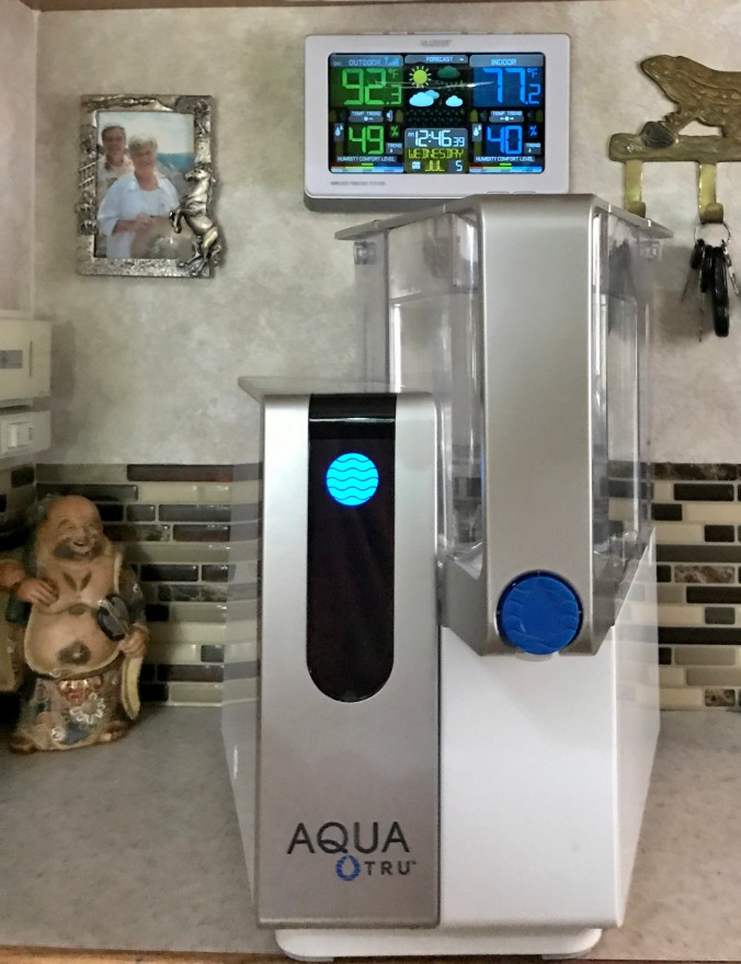 Front view of our ne Aquatrue water filter
